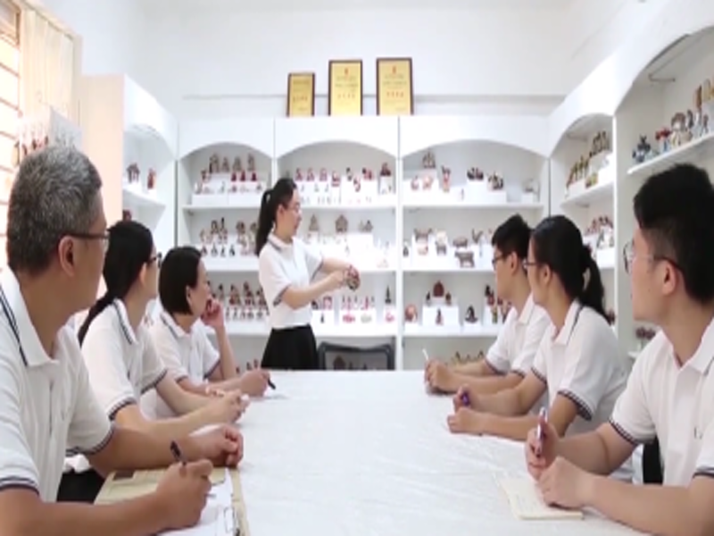 Professional Resin Figurines & Resin Crafts Manufacturer Ennas Gifts Co.,Ltd. Video