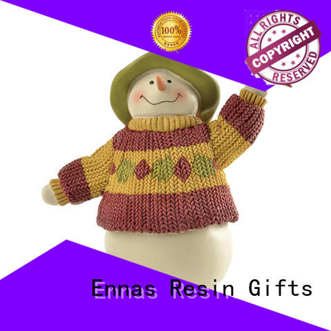 Ennas small christmas figurines family bulk production