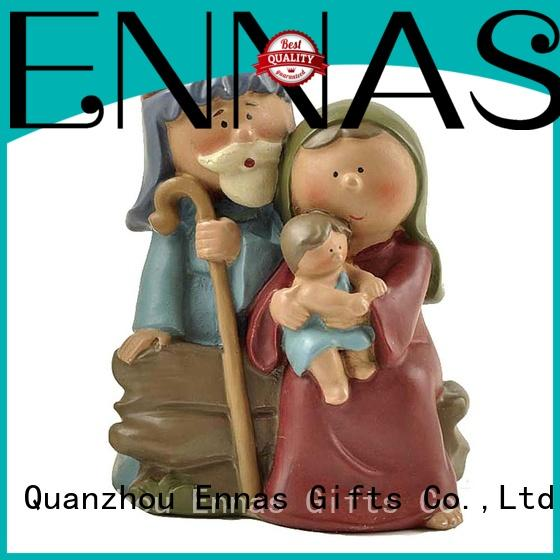 Ennas wholesale nativity set with stable promotional family decor